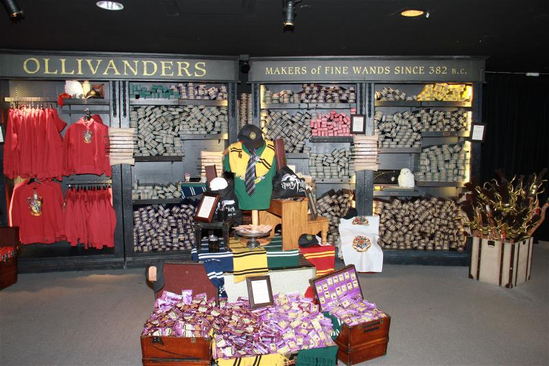 us-events-retail-portfolio-harry-potter-clothes-800x535